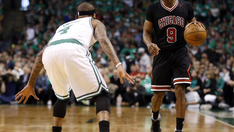 Chicago Bulls: 5 reasons they should keep Rajon Rondo