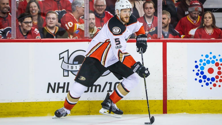 Anaheim Ducks Sign Korbinian Holzer to New Contract Extension