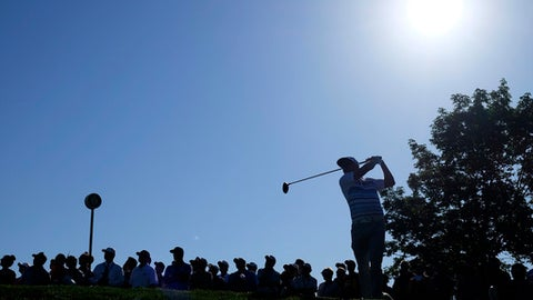 Jason Dufner hangs on to win weather-delayed Memorial