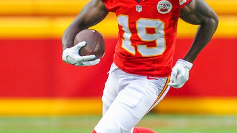 Kansas City Chiefs wide receiver Jeremy Maclin (19) runs against the New York Jets during an NFL game on Sunday Sept. 25, 2016 at Arrowhead Stadium in Kansas City, Mo. The Chiefs won 24-3. (AP Photo/TUSP, Jay Biggerstaff)