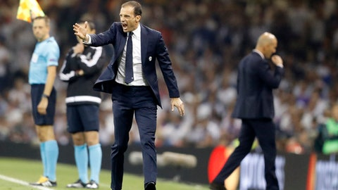 Juventus coach Allegri extends contract through 2020