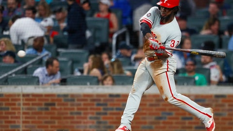 Phillies clobber 4 HRs, beat Giants for first series win since April