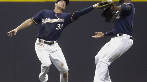 Brewers come from behind to drop Giants