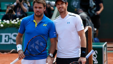 Wawrinka beats Andy Murray in gruelling contest to reach French Open final