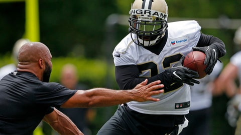 New Orleans Saints running back Mark Ingram runs through drills during NFL football practice in Metairie, La., Tuesday, June 13, 2017. (AP Photo/Gerald Herbert)