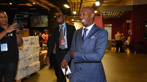 CLEVELAND, OH - JUNE 9:  Former NBA players Chauncey Billups and Paul Pierce arrive before Game Four of the 2017 NBA Finals on June 9, 2017 at Quicken Loans Arena in Cleveland, Ohio. NOTE TO USER: User expressly acknowledges and agrees that, by downloading and/or using this photograph, user is consenting to the terms and conditions of Getty Images License Agreement. Mandatory Copyright Notice: Copyright 2017 NBAE (Photo by Andrew D. Bernstein/NBAE via Getty Images)