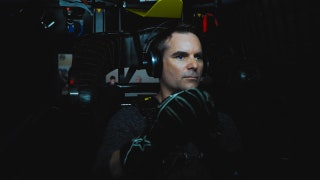 Jeff Gordon Breaks Down Michigan in Chevy Simulator | NASCAR RACE HUB