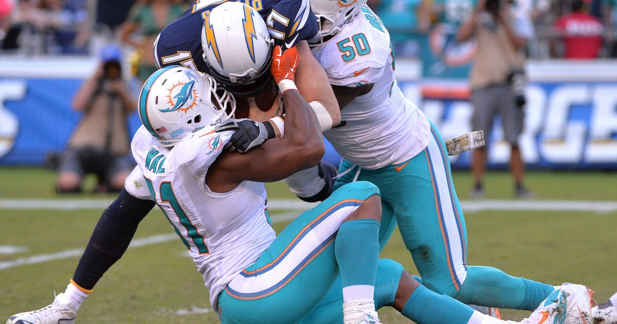 9683229-nfl-miami-dolphins-at-san-diego-chargers.vresize.1200.630.high.0