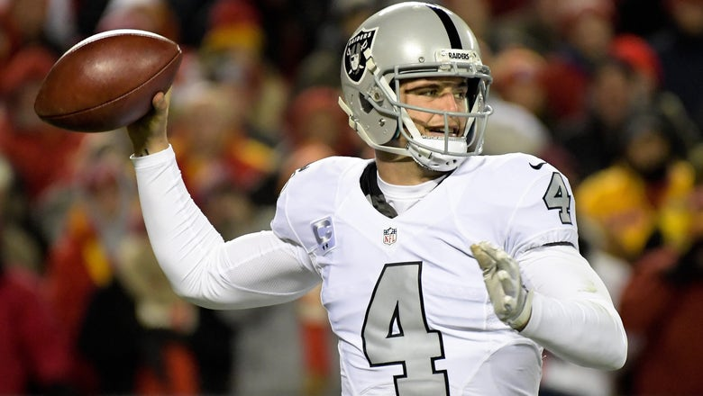 5 NFL quarterbacks on the rise who may top Derek Carr's contract