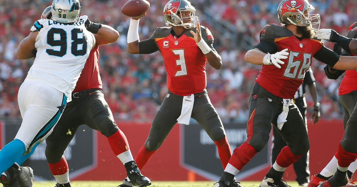 9839308-nfl-carolina-panthers-at-tampa-bay-buccaneers-1.vresize.1200.630.high.0