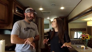 Angels Weekly: Blake Parker RV livin'