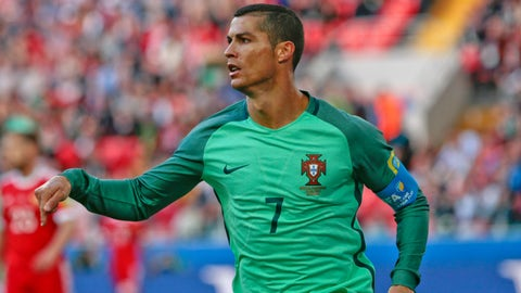 Ronaldo outfoxes host Russian Federation