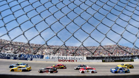 Man charged with climbing fence during Dover NASCAR race