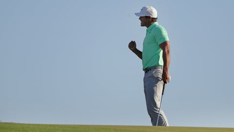 Koepka tames wind, nerves to win US Open by four shots