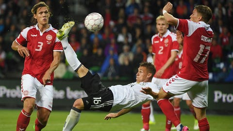 FIFA Confederations Cup: Hosts Russia see off New Zealand in opener