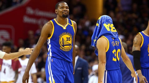 CLEVELAND, OH - JUNE 07:  Stephen Curry #30 and Kevin Durant #35 of the Golden State Warriors react late in the game against the Cleveland Cavaliers in Game 3 of the 2017 NBA Finals at Quicken Loans Arena on June 7, 2017 in Cleveland, Ohio. NOTE TO USER: User expressly acknowledges and agrees that, by downloading and or using this photograph, User is consenting to the terms and conditions of the Getty Images License Agreement.  (Photo by Ronald Martinez/Getty Images)