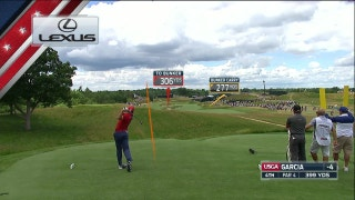 Sergio Garcia hits a perfect shot on the 4th hole