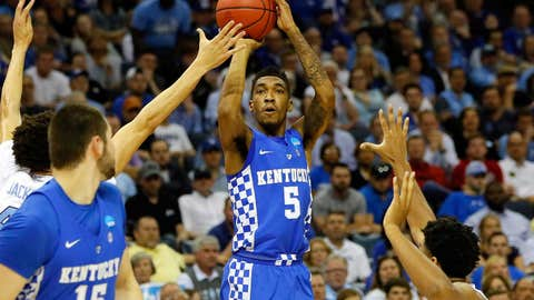 MEMPHIS, TN - MARCH 26: Malik Monk #5 of the Kentucky Wildcats shoots against Justin Jackson #44 of the North Carolina Tar Heels in the first half during the 2017 NCAA Men's Basketball Tournament South Regional at FedExForum on March 26, 2017 in Memphis, Tennessee.  (Photo by Kevin C. Cox/Getty Images)