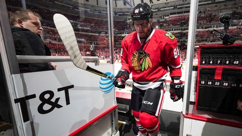 CHICAGO, IL - APRIL 13:  Marian Hossa #81 of the Chicago Blackhawks walks to the locker room after warm-ups prior to Game One of the Western Conference First Round against the Nashville Predators during the 2017 NHL Stanley Cup Playoffs at the United Center on April 13, 2017 in Chicago, Illinois.  (Photo by Bill Smith/NHLI via Getty Images)