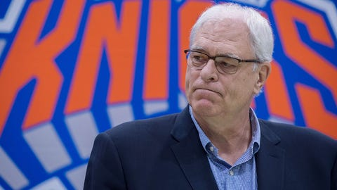 New York Knicks President Phil Jackson speaks with the media att Madison Square Garden training center on July 8, 2016 in Tarrytown, New York. / AFP / Bryan R. Smith        (Photo credit should read BRYAN R. SMITH/AFP/Getty Images)