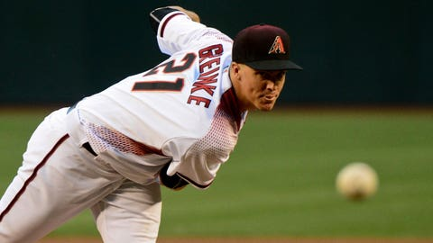 Marlins' Volquez throwing no-hitter through 8 versus Arizona