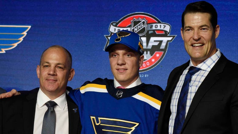 Blues select center Robert Thomas with 20th pick in NHL Draft