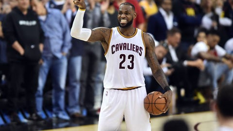 LeBron James Might Consider Leaving Cleveland For Los Angeles In 2018
