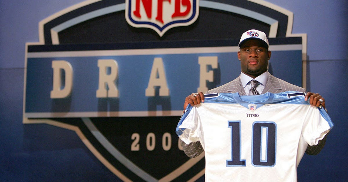 Vince-young-nfl-draft-titans-board.vresize.1200.630.high.0