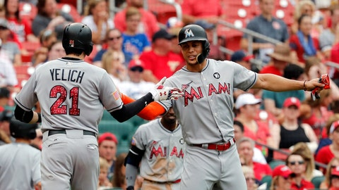 Voit smashes first home run in Cardinals rout of Miami