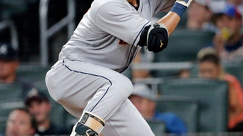 Astros flying high: Houston routs Atlanta for fourth consecutive victory