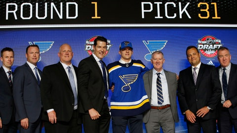 Blues sign top draft pick Kostin to three-year deal