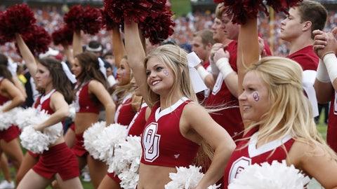 Oklahoma cheerleaders