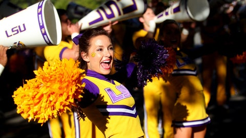 LSU cheerleader