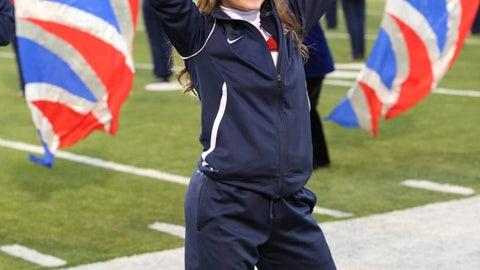 Ole Miss cheerleader