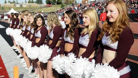 Montana cheerleaders
