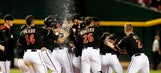 D-backs' Parra walks off Braves