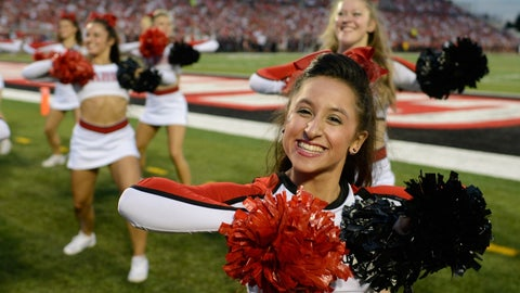 Louisville cheerleaders