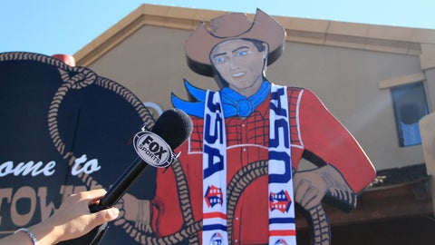 Scottsdale shows its support for U.S. Women's World Cup team
