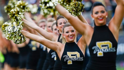 Purdue cheerleaders