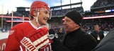 Fans treat apprehensive Fedorov to huge ovation