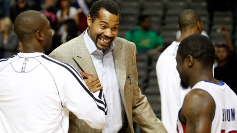 Detroit feeds its need for Sheed (Feb. 19, 2004 — day of deadline)