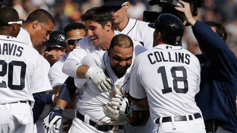 Alex Gonzalez's single lifts Tigers over Royals on Opening Day