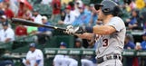 Kinsler has happy homecoming in Texas as Tigers keep winning
