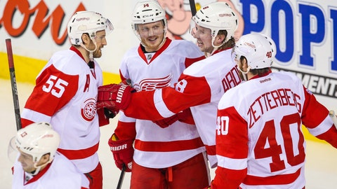 Gave: At midway point Wings, fans can look to bright future