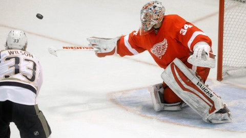 Mrazek, Wings keep pushing toward top of Eastern Conference