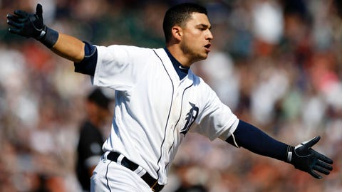 Tigers find new way to win as White Sox don't challenge close play