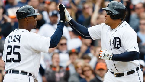 Cabrera's big day leads Tigers past Indians, 8-6