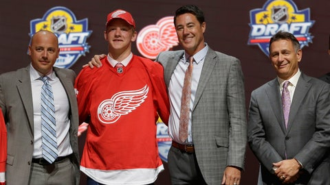 Wings select Evgeni Svechnikov with first-round pick in NHL Entry Draft