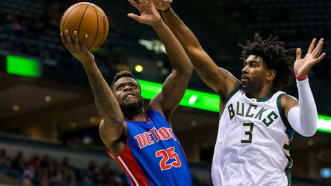 Pistons grab control early to rout Bucks 117-88