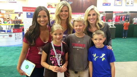 Angie and Kendall, along with FOX Sports Ohio Girl Kristine chat with Twins fans at the FOX Sports North booth at T-Mobile All-Star FanFest.